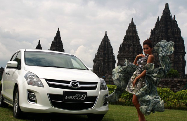 Mazda Photo Contest Di Prambanan