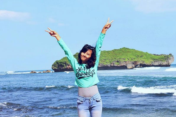 Selfie Cantik Pantai Slili Gunungkidul