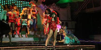Hiburan Malam Cabaret Show