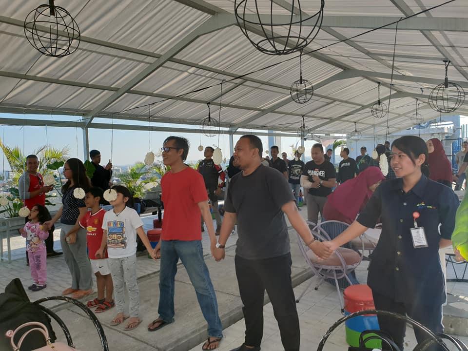 Bikers Yogya Adakan Member Gathering Di Rooftop Student Castle